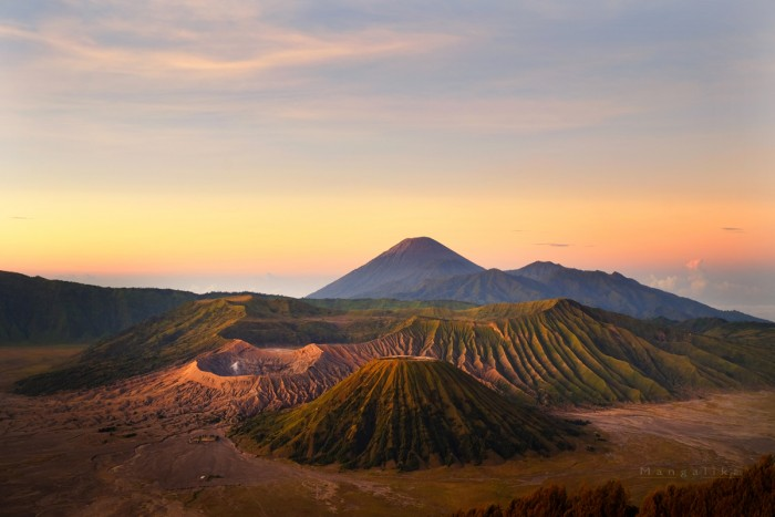 Bromo Tengger volcanic caldera, East Java The caldera of an ancient volcano (Tengger) from which four new volcanic cones have emerged. This area contains the highest peak of Java, Mount Semeru (3,676 m) which is visible in background